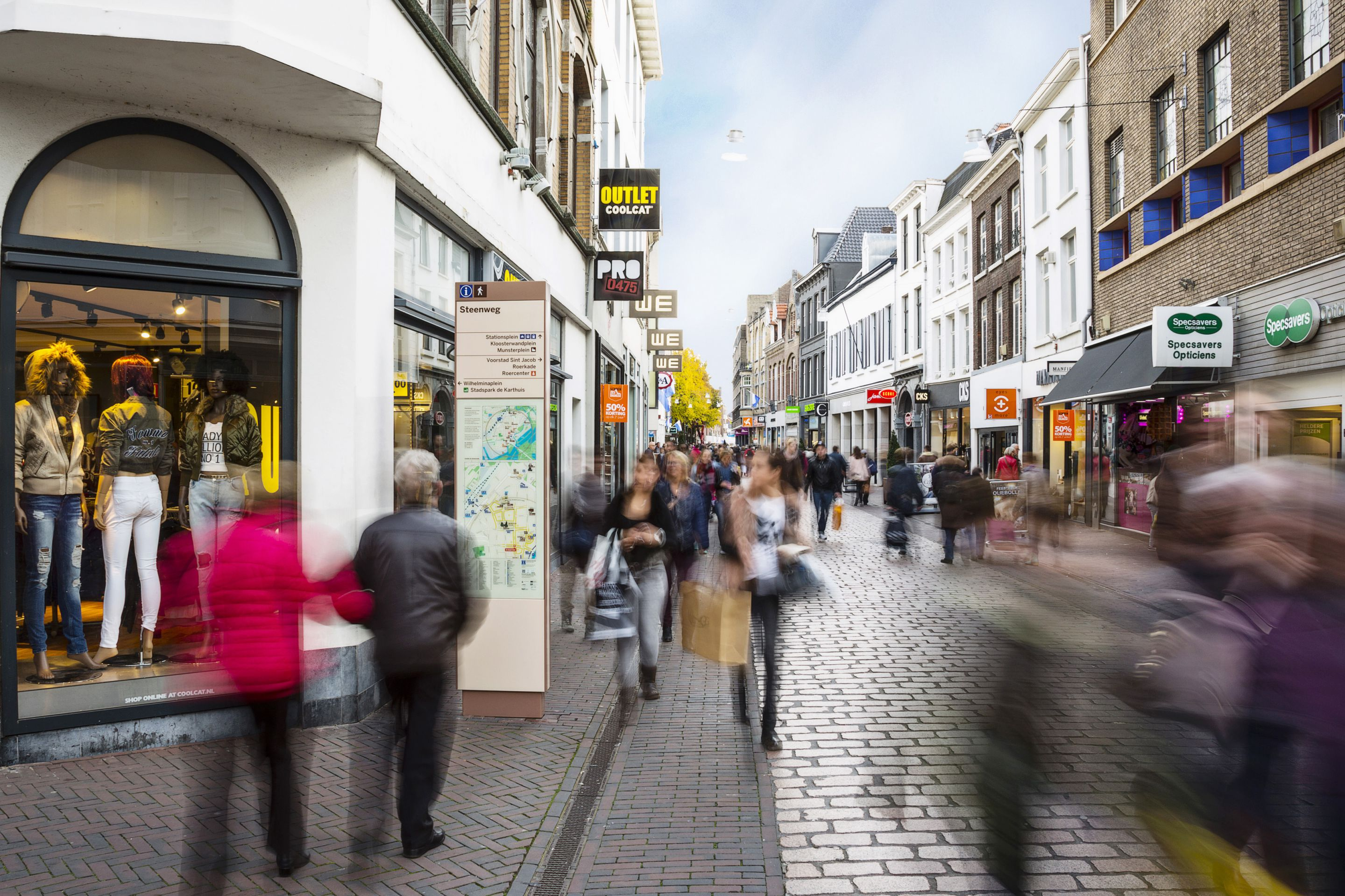 Pedestrian City Wayfinding for Interconnect Roermond