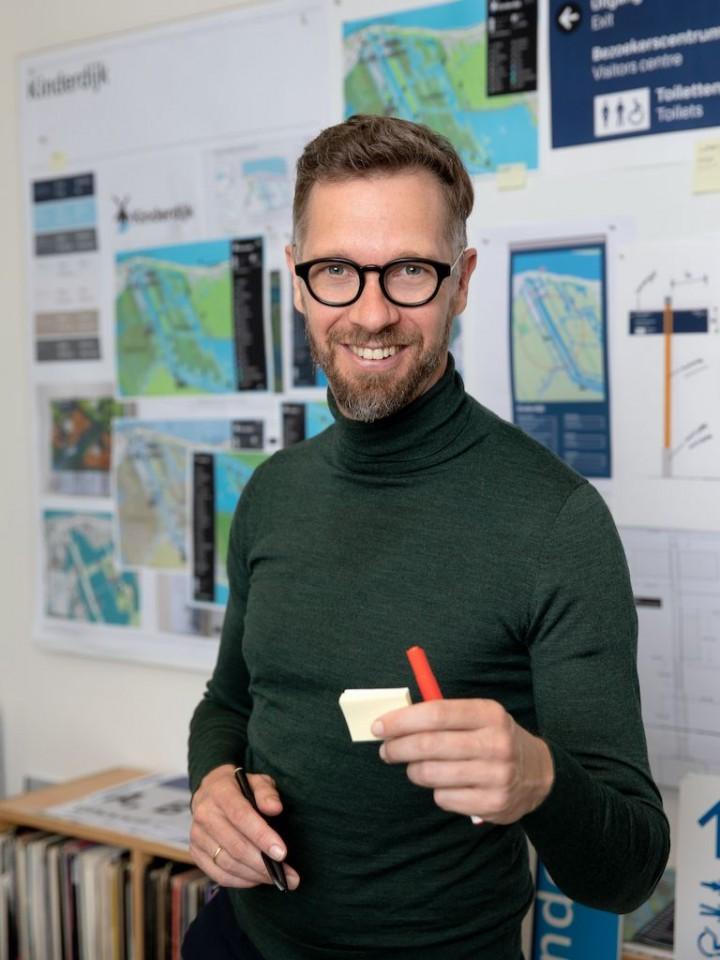 Sander Baumann at designworkplan wayfinding studio