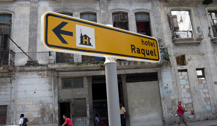 Cuba street signs and wayfinding